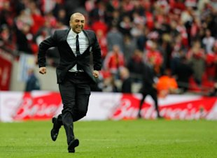 Photo 1 - Chelsea's Italian Manager Roberto Di Matteo Celebrates Their 2-1 Win At The Final Whistle Of The FA Cup Final Football AFP/Getty Images
