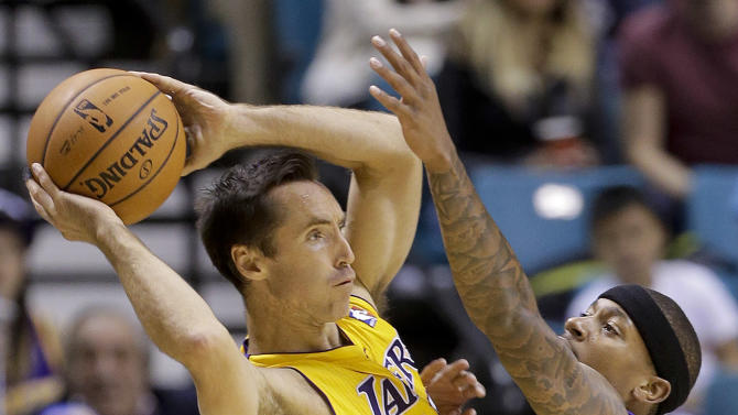 Kings beat Lakers 104-86 in preseason