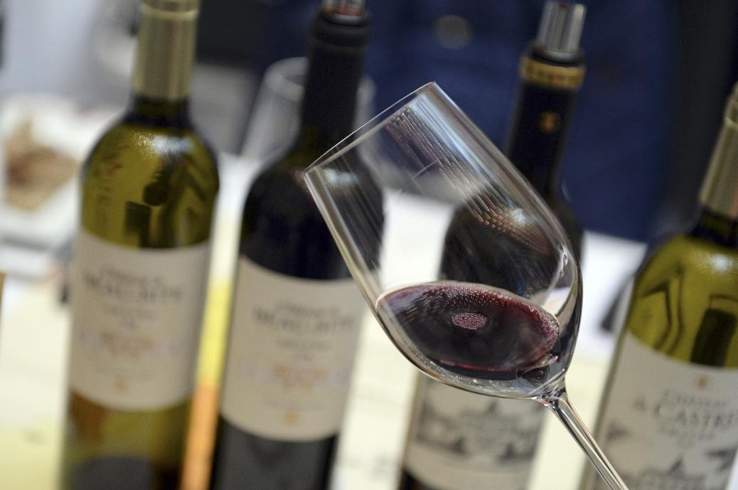 Two glasses of wine per day could be bad for seniors' hearts