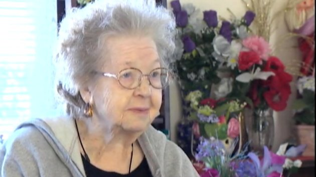 Widow, 91, Sells Everything to Bury Husband (ABC News)