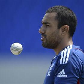 Bopara, Samuels and Sammy fined over row
