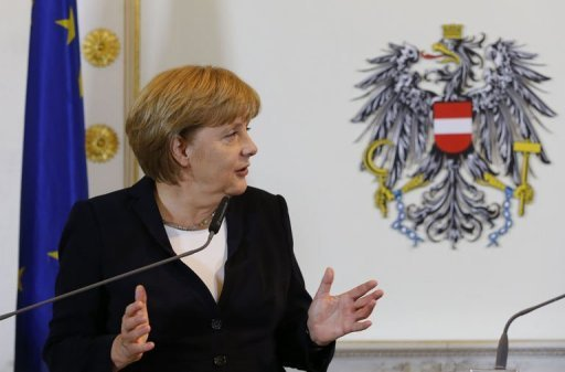 &lt;p&gt;German Chancellor Angela Merkel, pictured on September 7, called for a solution to keep Greece from leaving the eurozone this autumn, the weekly Der Spiegel said in a report to appear Monday.&lt;/p&gt;