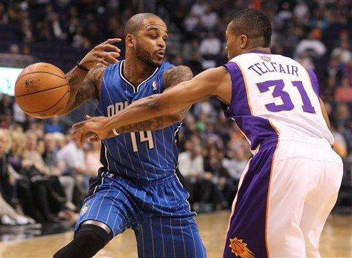 Magic hand Suns 7th straight loss, 98-90