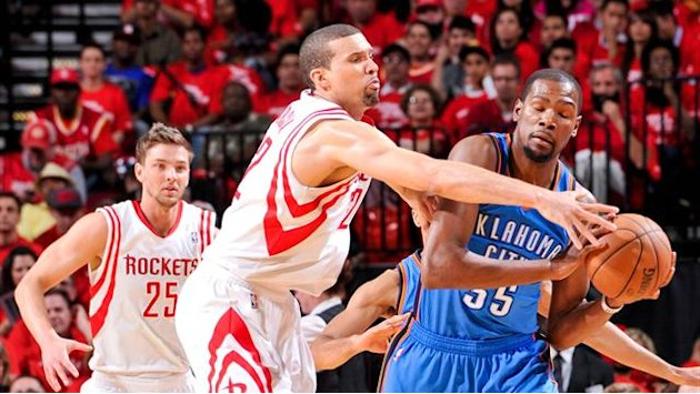 NBA - Oklahoma's biggest sports star Durant donates $1m to relief efforts