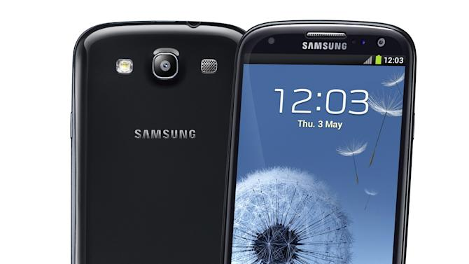 This undated image provided bySamsung shows the company's  Samsung Galaxy S III.  In the past few years, smartphones have gradually gotten bigger and tablet computers have gotten smaller. So it should come as no surprise that devices in between are starting to emerge. These devices, informally known as phablets, are better described as giant phones than baby tablets, as they can be used for phone calls. And for now, they are closer in size to regular phones, with screens running 5 inches or more diagonally. (AP Photo/Samsung)
