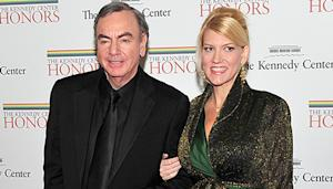 Neil Diamond, 71, Marries His Manager, 42