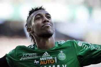 Aubameyang yet to receive PSG offer