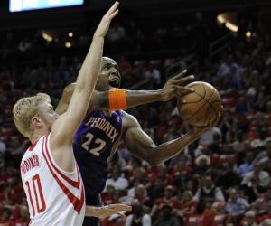 Gortat, Nash lead Suns to key win in Houston