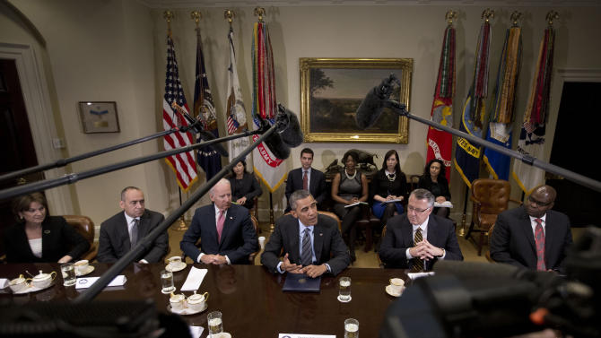 Obama meets with CEOs to push immigration reform