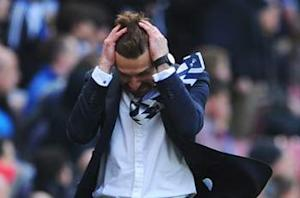 Tottenham boss Villas-Boas hoping for a favor in top-four battle