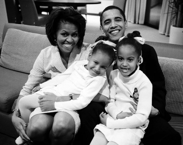 Michelle Obama publica fotos familiares a nueva red social