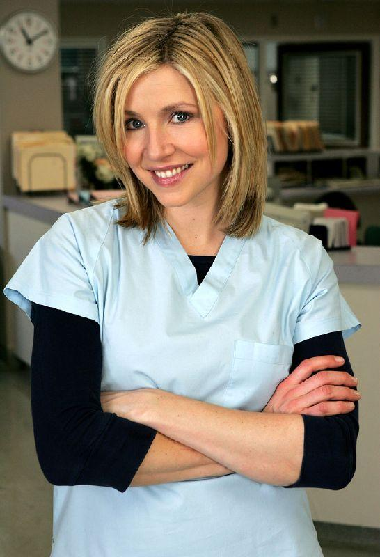 Sarah Chalke as Elliot Reid on NBC's Scrubs.