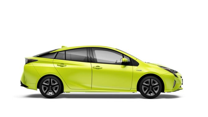 Toyota's weird, bright green Prius uses science to stay cooler in the sun