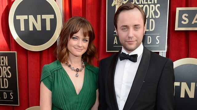 Alexis Bledel Engaged To Vincent Kartheiser!