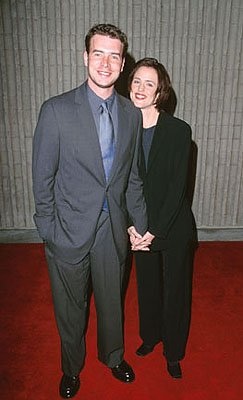 Premiere: Scott Foley and Jennifer Garner at the premiere for Dimension's Scream 3 - 2/3/2000