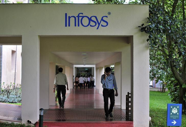 Infosys bets on new services to push sales to $20 billion by 2020