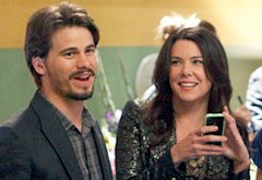 Jason Ritter, Lauren Graham | Photo Credits: Trae Patton/NBC