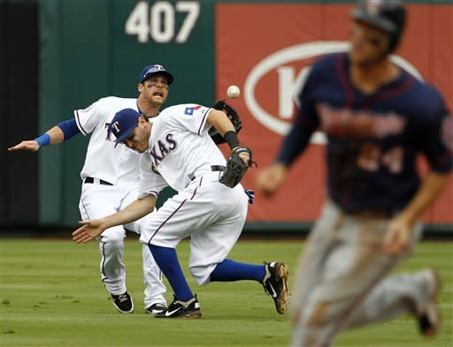 Revere, Twins avoid 4-game sweep in Texas