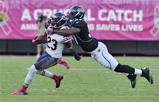 Bears overwhelm Jaguars with defense, win 41-3