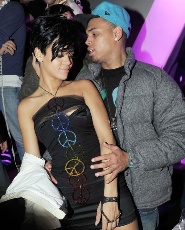 Chris Brown &#x2018;Snuck In&#x2019; Rihanna&#x2019;s Hotel Room For Secret Hookup