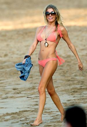 LeAnn Rimes Shows Off Healthier Curves in Skimpy Bikini