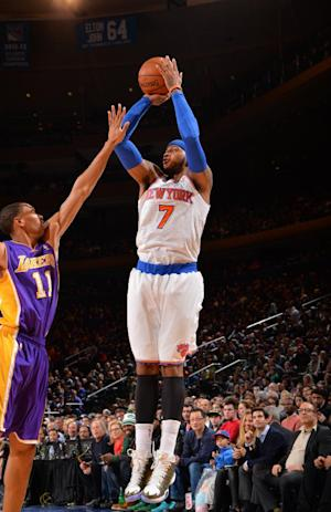Anthony scores 35, Knicks beat Lakers 110-103