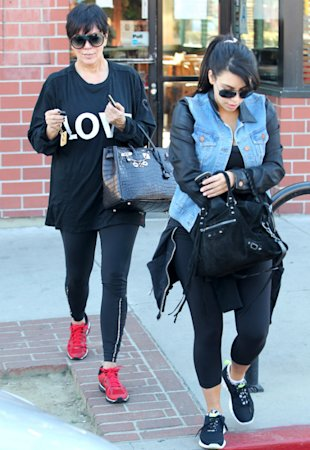 Health Bunnies Kim Kardashian And Kris Jenner Hit The Gym Together