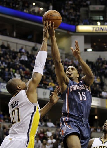 Hibbert leads Pacers to 99-77 win over Bobcats