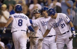Moustakas homers as Royals beat White Sox 9-4