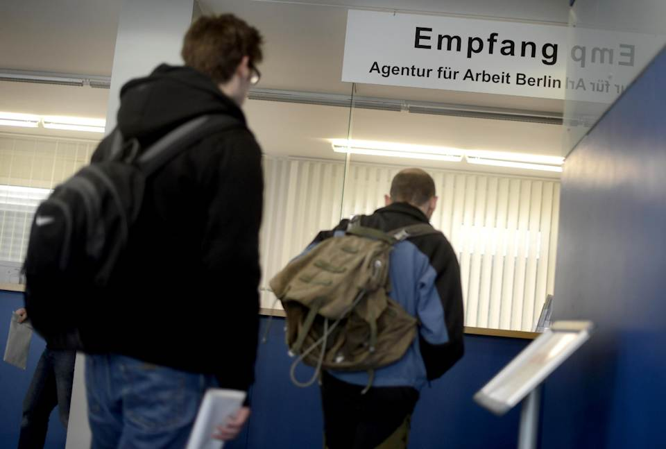 German jobless total rises in September
