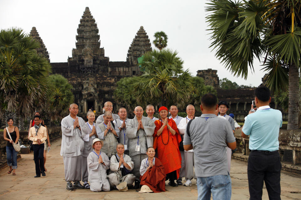 Angkor Wat World Heritage Site Threatened By Tourist Footfall