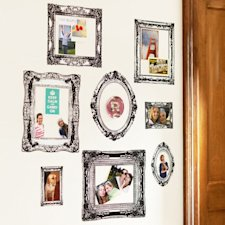 Wall d&#xe9;cor (Photo: pbdorm.com)