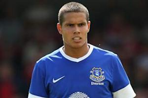 Official: Rodwell completes Manchester City move
