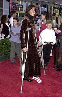 Premiere: Wendie Malick hobbles around at the Hollywood premiere of Walt Disney's The Emperor's New Groove - 12/10/2000