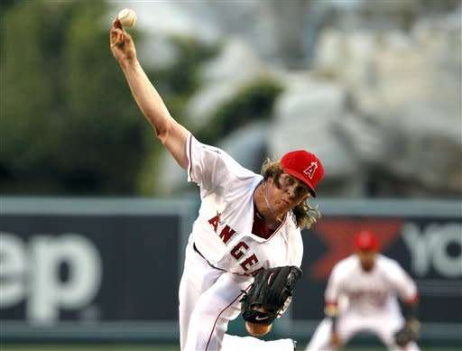 Weaver's Angels take big series opener from Texas