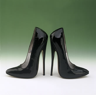 Stiletto Shoes (1973-1977)