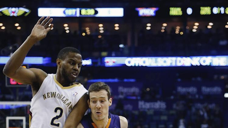 Bledsoe's big 2nd half helps Suns past Pelicans