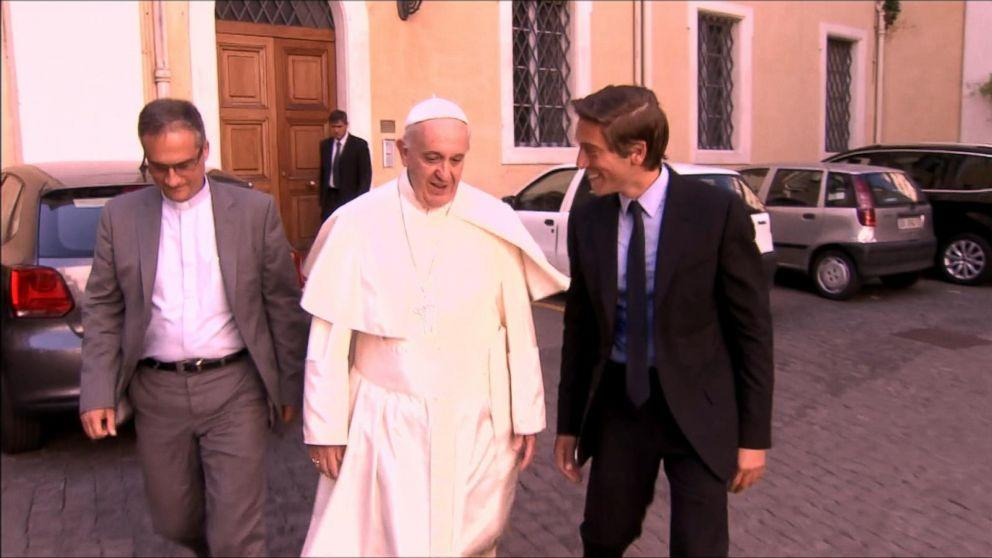 "David Muir Moderates ""Virtual Audience"" With Pope Francis For ABC News"