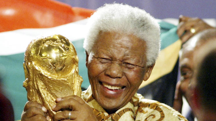 Mandela tributes before each Club World Cup match