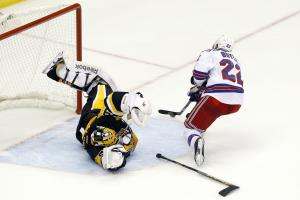 Penguins win SO after Rangers goal disallowed