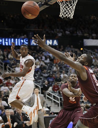 Green leads Virginia Tech past Clemson, 68-63