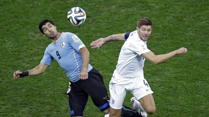 Suarez starts for Uruguay against England