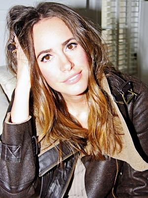 Louise Roe Replaces Elle Macpherson as Host of NBC's Fashion Star!