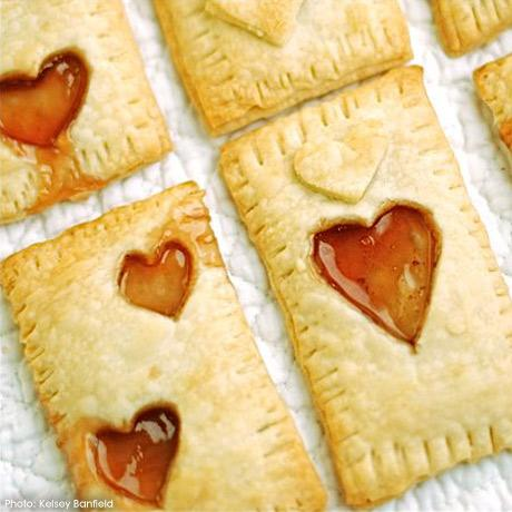 Homemade Valentine's Pop-Tarts