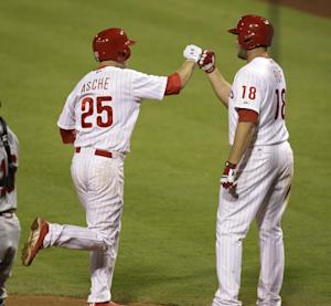 Asche leads Phillies over Braves