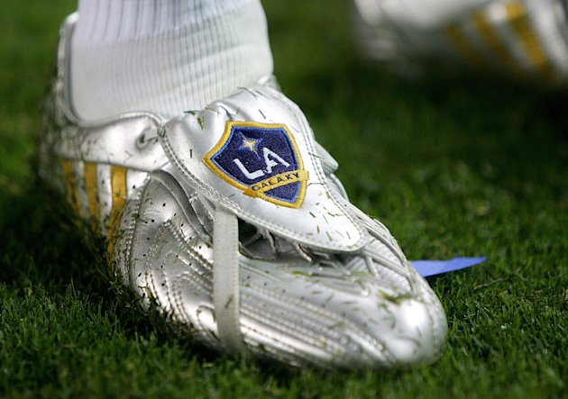 CARSON, CA - AUGUST 29: The Custom shoes of David Beckham #23 of the Los Angeles Galaxy he used to score a goal against Chivas USA on August 29, 2009 at the Home Depot Center in Carson, California. Th