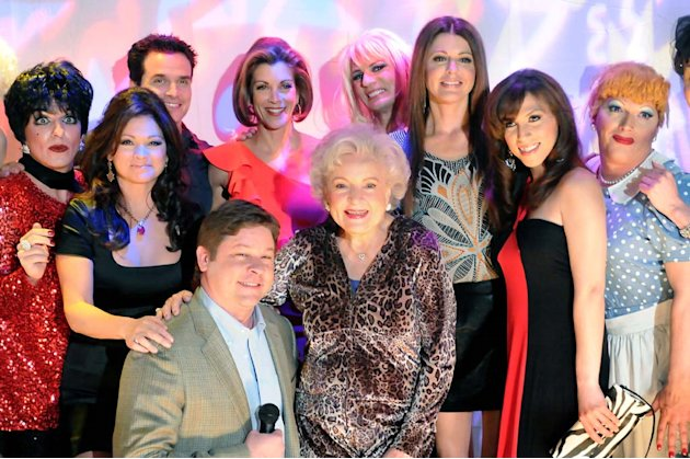 "The ladies go for a night out, where they meet some other famous figures on ""Hot In Cleveland."""