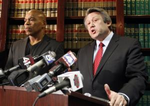 5 former Chiefs sue team over head injuries
