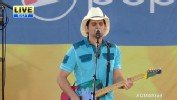 Brad Paisley's 'Workin' on a Tan'