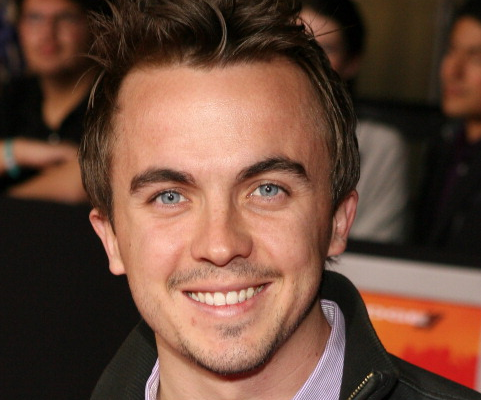 Frankie Muniz Recovering From 'Mini Stroke'